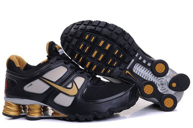 Homme Nike Shox Turbo Chaussures Noir and D'Or 021QQ63 2014